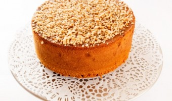 Easy Almond Sponge Cake